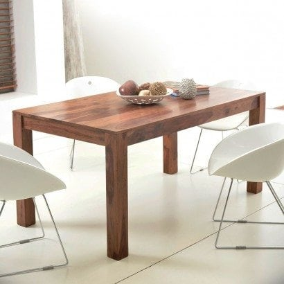 Une table design en Teck