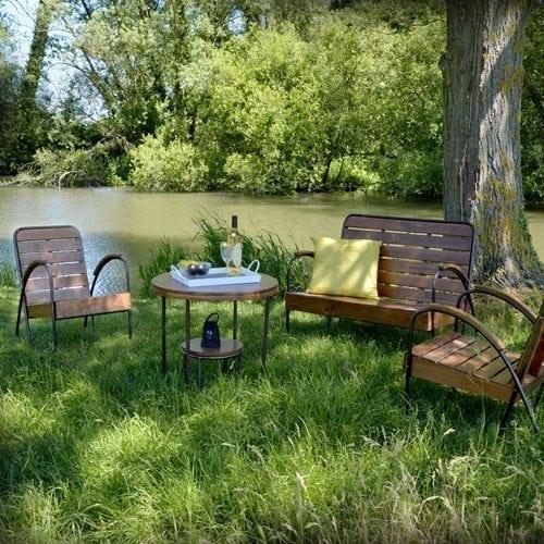 Un Salon de Jardin en bois exotique