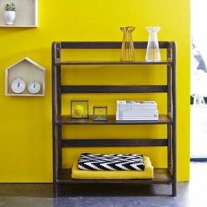 Serez-vous tenté par une étagère en manguier ?