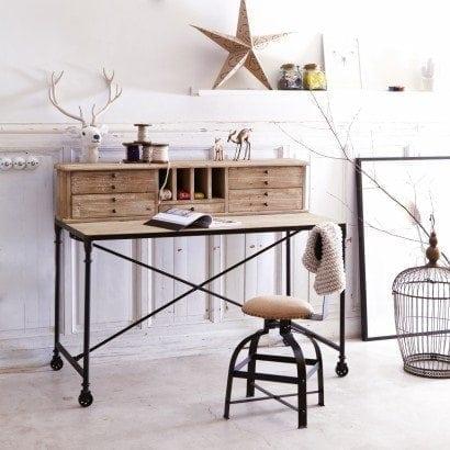 Un secrétaire en pin et en métal, alliance parfaite pour un style à la fois industriel et chaleureux