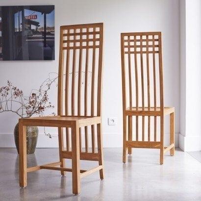 Des chaises en teck pour acceuillir mes invités