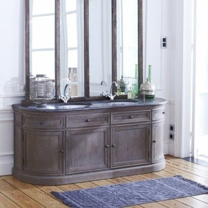 Un style classique et romantique pour ma salle de bain for Meuble classique chic