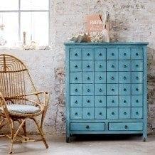 Des meubles aux couleurs pop et au style asiatique