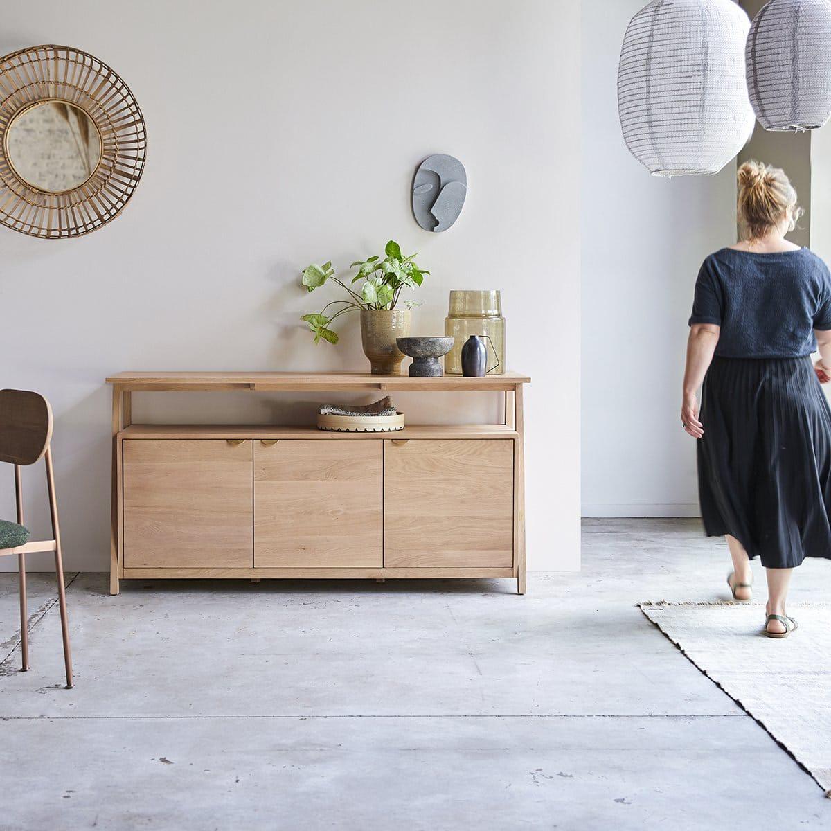 Pola, une collection de meubles en bois de chêne massif et durable